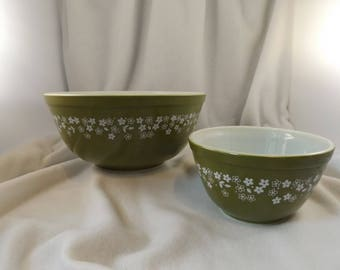 Vintage Pyrex Bowls Set of two, Spring Blossom