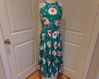 ON SALE  Vintage  1980's  Lanz Dress w/Full Sweep Skirt