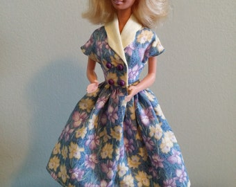 Daffodils Vintage Style Dress for Fashion Doll such as Barbie includes shoes