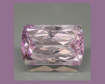 KUNZITE (36114) * * *   Lavender Pink - Clean! 11.5 x 9.5mm / 9 cts. Kunzite - Brazil - Faceted