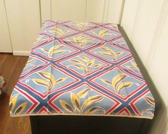 1950s Table Runner Red Blue Yellow White Colorful Table Linen