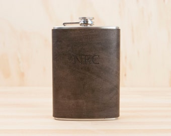 Monogram Flask - Leather Hip Flask with Custom Monogram - Antique Black Leather - 8oz Flask - Wedding Groomsman or Third Anniversary Gift