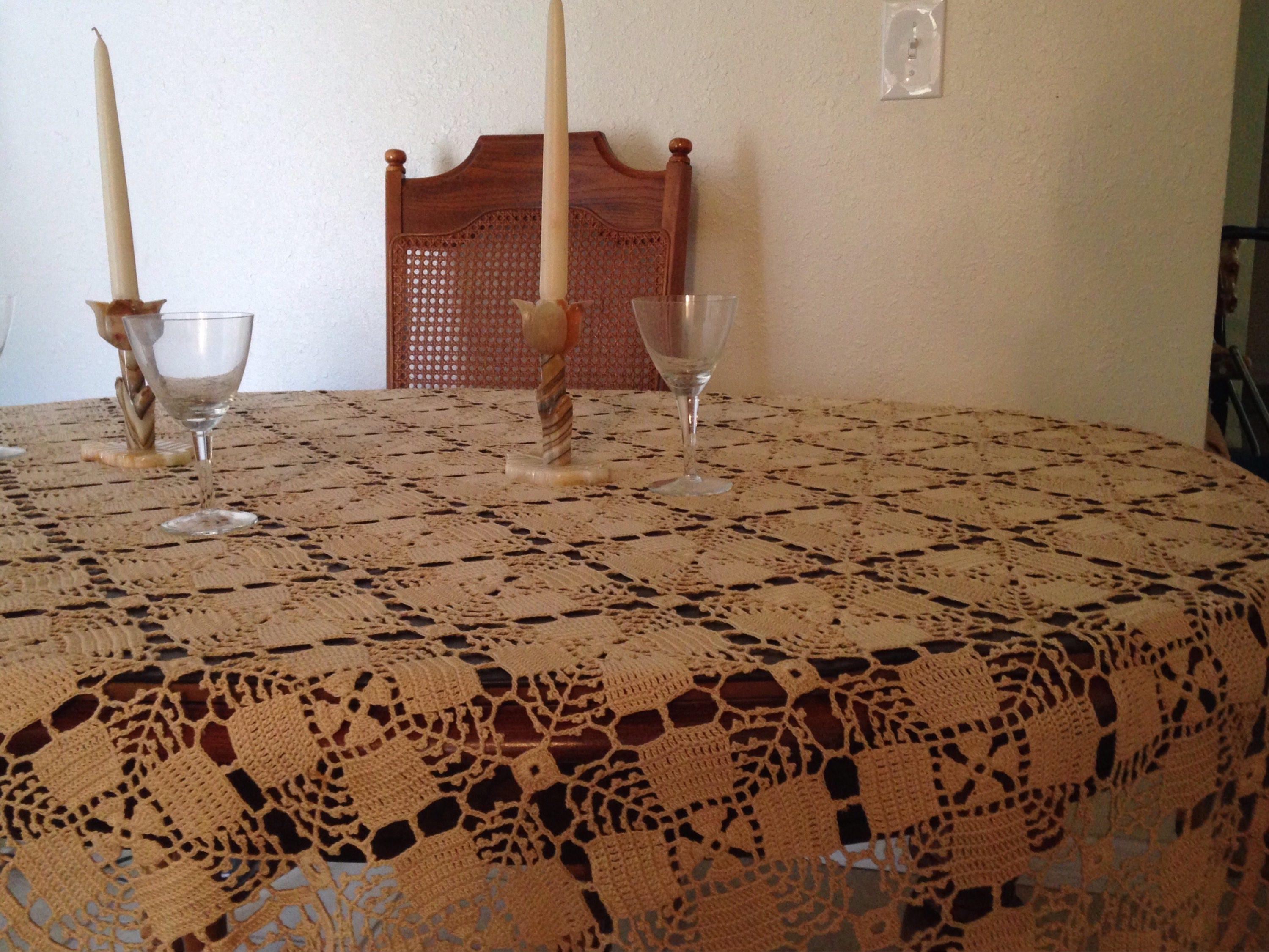 Reserved item - Crochet Tablecloth / Beautiful Vintage Tablecloth ...