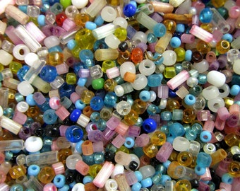 10 Grams Vintage Multi-Color Pastel Italian Glass Seed and Bugle Bead Mix VG136