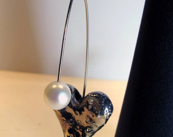 Earrings with Raku heart and pearl of river