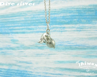 Diving silver-- 925 sterling silver Mini 3D Cuttlefish necklace / pendant / diving / handmade / suqid