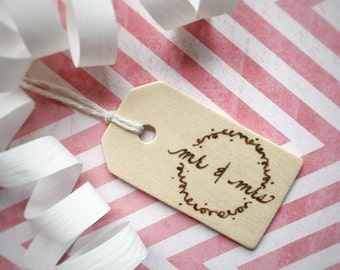 Mr and Mrs Wood Gift Tag Small Wedding Gift Card Wooden Gift Tag Reusable Gift Tag Wood Burned Unique Gift Wrap