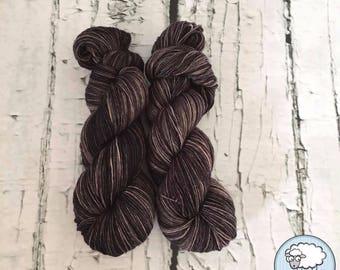 Sock yarn superwash merino, nylon, grey, black, hand dyed in Quebec