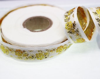 35 mm White Front Yellow-Gold Floral Jacquard ribbon (1.37 inches) - Jacquard trim - Balkans Decorative Ribbon - Sewing Trim - Collar Trim