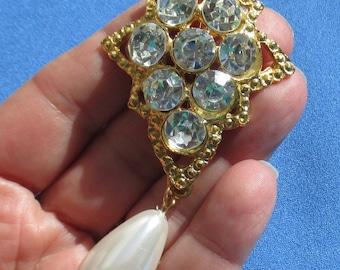 Vintage Clear Rhinestone White Faux Pearl Teardrop Brooch
