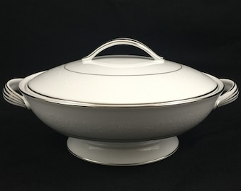 Vintage Round Covered Vegetable Dish by Noritake Whitehall  #6115 Japan