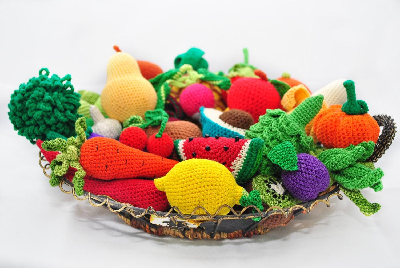 Amigurumi Vegetables : Amigurumi pattern crochet play food patterns crochet