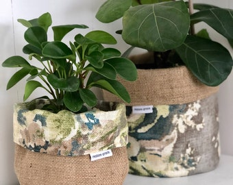 Floral Cindersmoke Print and Hessian Reversible Planter Bag