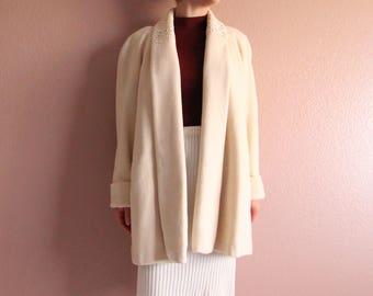 VINTAGE Ivory Coat Wool 1980s Womens Medium Short