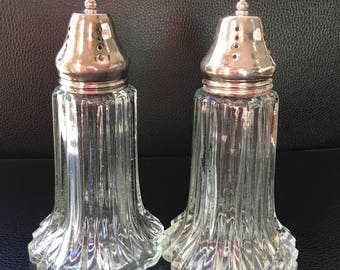 Vintage salt and pepper shaker set. 1980s.