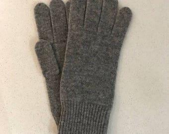 100% Pure Cashmere Gloves in Dark Grey
