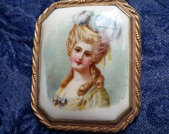 NICE Celluloid Lady Pin ANTIQUE