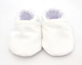 Organic baby shoes, baby girl shoes, crib shoes, organic baby, baby booties, soft sole, baby moccs, kids shoes, white