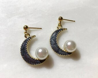 Crescent Pearl Moon Gold Stud Earrings