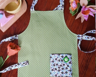 Child's Apron, Handmade, Unique, Cooking, Baking, Polk-a-dots, Kid Dress-up