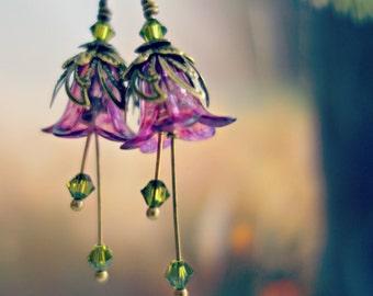 Bridesmaid Earrings - Pink Earrings - Pink Bridal Earrings - Bridesmaid Gift - Pink Wedding - Pink and Green Flower Earrings - Spring Gift.