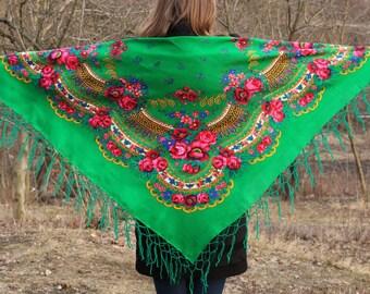 Vintage green shawl Wool scarf Bright floral shawl Rare wool shawl Vintage shawl boho chic shawl Great scarf Soviet scarf Green shawl scarf