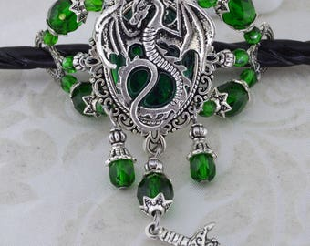 Dragon Charmer Hairstick Barrette - Medieval dragon barrette - Mother of dragons - Emerald Green dragon hair stick