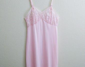 Pink Nylon Slip 38 Lace - Mid Century Pinup Large - Seamprufe