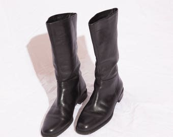 Women's black leather boots, above calf, Naturalizer, size 8.5