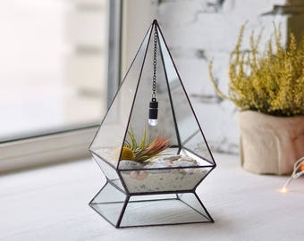 Geometric terrarium Air plant holder Stained glass terrarium Geometric planter Air plant terrarium Glass vase terrarium Pyramid terrarium