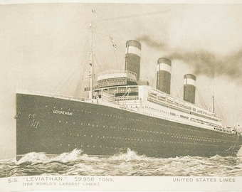 Vintage standard size unused postcard from 1919-1938 of S S Leviathan