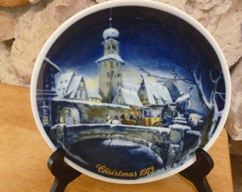 Royal Bayreuth 1973 Christmas plate