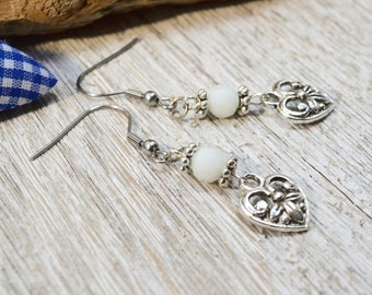 Valentines Day Gift for Mom, Tiny Heart Earrings, Dangling Hearts, Country Style Earrings, Bavarian Earrings, Authentic Dirndl Earrings,