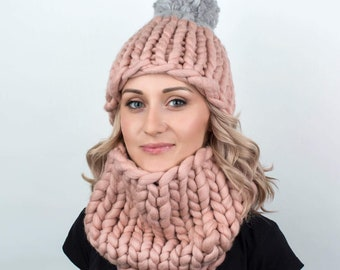 Two-colored Pom Pom Hat, Winter Hat, Beanie, Beanie Hat, Women Hat, Knit Beanie, Pom Pom Beanie, Pom Pom Hat, Wool Hat, Womens Knit Hat