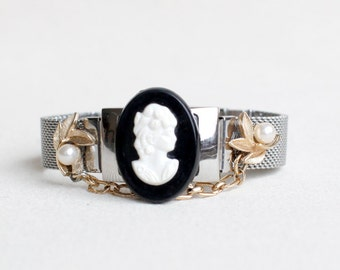 Upcycled Vintage Bracelet /  Black and White Cameo / Vintage Assembly Silver Mesh Bracelet