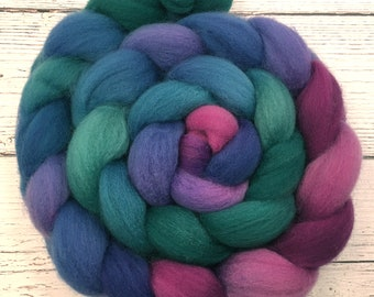 Handpainted BFL Wool Roving - 4 oz. CARNIVAL - Spinning Fiber