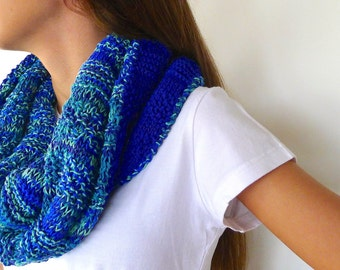 Reversible scarf in blue | Cobalt blue infinity scarf | Knit cowl scarf | Unique handmade scarves