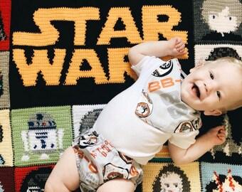 Star Wars BB-8 Nappy Cover & Bib