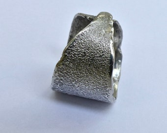 Fine silver men ring. Unique and adjustable ring. Woman ring.
