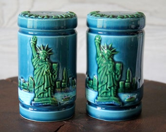 Vintage 1970's Statue of Liberty Salt and Pepper Set