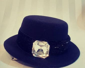 Mini Top Hat With Sparkle Ribbon Rhinestone