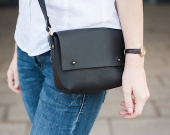 Small Black bag leather,City bag,Messenger bag women leather,Small leather purse,Handbag women,Leather Crossbody purse,Leather Shoulder bag