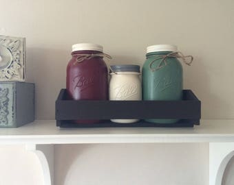 Farmhouse Jars Red/Cream/Green with Tray