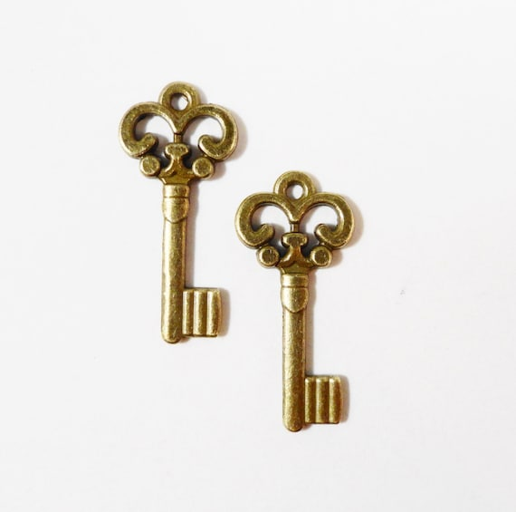 Bronze Key Charms 21x9mm Antique Brass Metal Skeleton Key Pendant Charm Jewelry Making Jewlery Findings Craft Supplies 10pcs