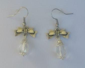 Crystal transparent model bow earrings