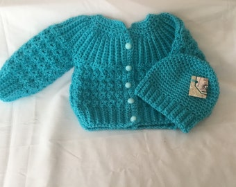 Hand crochet baby sweater with matching hat in a turquoise with matching buttons in size 3 - 6 months