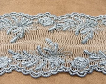 EMBROIDERY blue - 8 cm - on nude mesh