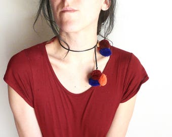 Necklace pompons bleu and orange kuchi dance jewelry choker