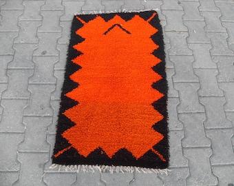 free shipping VINTAGE TURKİSH balıkesir kilim Anatolian handwoven kilim rug decorative kilim - SİZE : 24'' X 46'' ( 60 cm X 115 cm)