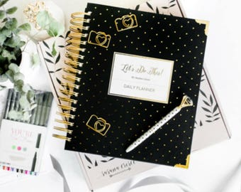 "SALE - ""Let's do this"" Daily Undated Planner with Hourly calendar / 9 X 9.5 inch, 1 Year by Susana Cresce"